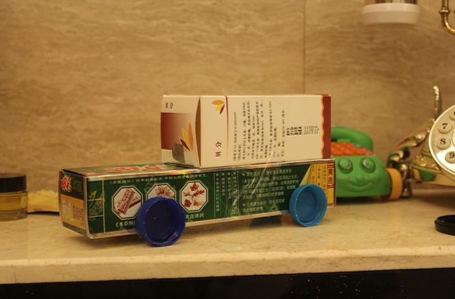废旧纸盒小制作:压路车,吉普车,饮水机,潜水铤